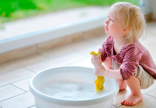 Se rengøringsvejledning af dit køkken og køkkenskabe